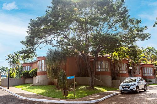 Hotel-Estância-Barra-Bonita----Chalé-série-Alpínias-7395-CORTE