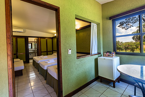 Hotel-Estância-Barra-Bonita----Chalé-série-Hibiscos-7682