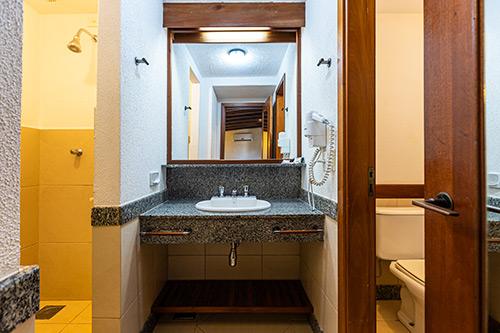 Hotel-Estância-Barra-Bonita----Chalé-série-Ipês-6909